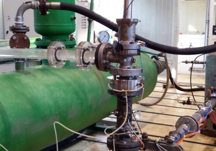 Test setup with a view of the piping upstream of the valve